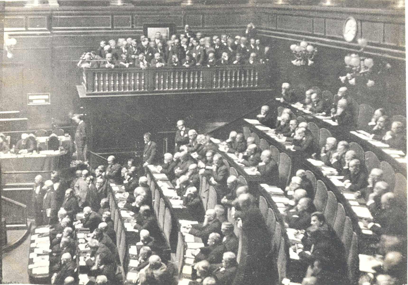 La camera dei deputati e la guerra 1915 1918 for Biblioteca camera dei deputati